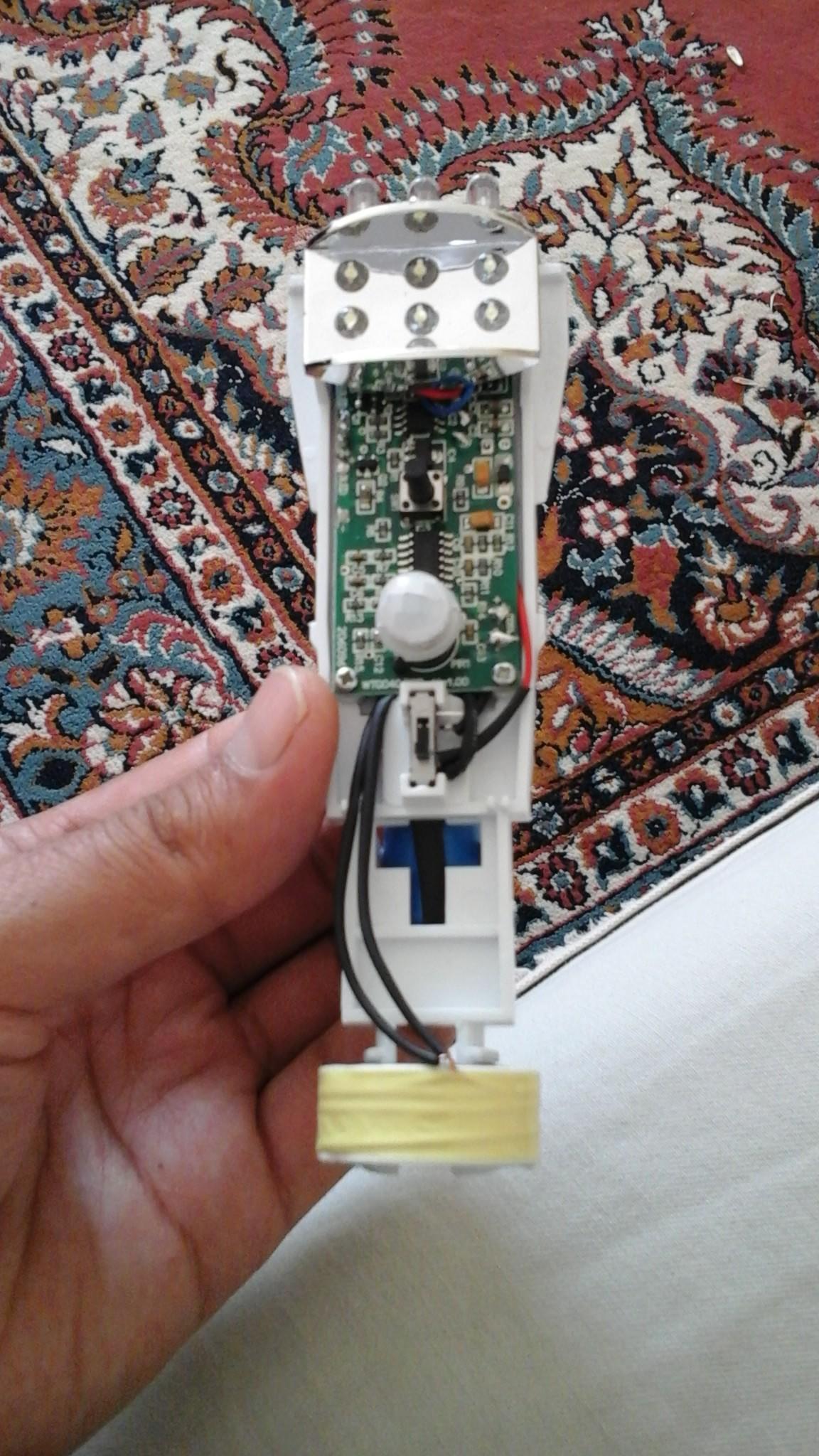 Kablosuz Şarjlı El Feneri Şarj Sorunu